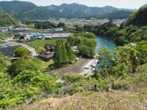 道の駅 茶倉駅の展望台から望む櫛田川