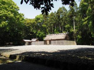 神服織機殿神社(皇大神宮所管社)と八尋殿ほか