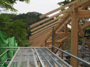 再建が進められている回廊、丹生山神宮寺(多気郡多気町丹生)