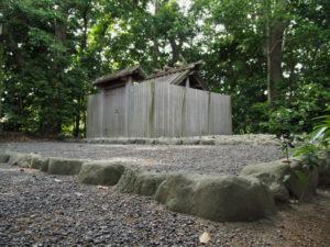 宇須乃野神社(豊受大神宮 摂社)、縣神社(同末社)を同座