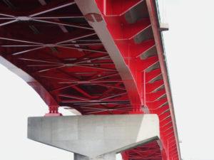 勢田川に架かる一色大橋