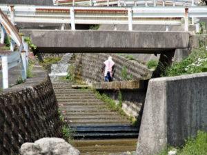 小滝川に架かる橋〜国道306・365号山口交差点(巡見道)
