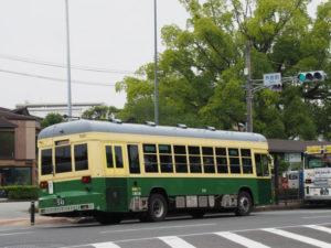 神都バス(外宮前交差点付近)