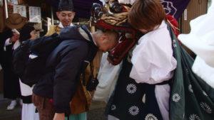 2014年01月11日 世木神社の御頭神事(伊勢市吹上)、服部勝行氏 撮影