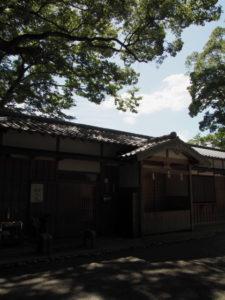 河邊七種神社の社務所(伊勢市河崎)