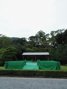 春の神楽祭を待つ奉納舞台(内宮の神苑)2019年09月14日
