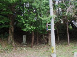 両宮参拝碑付近(古市街道 牛谷坂)