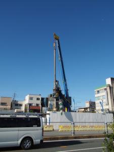 パイルが打たれる伊勢市駅前再開発B地区
