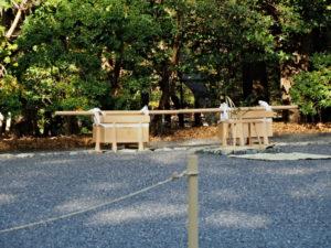 第一鳥居内祓所に並べられていた辛櫃(内宮)