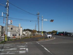 国道1号 庄野町北交差点