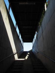 国道1号 木田町大谷交差点の地下道