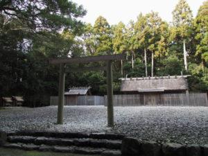神服織機殿神社(皇大神宮 所管社)と八尋殿ほか