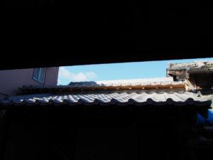 葺き替えられた屋根瓦、旧御師 丸岡宗大夫邸(伊勢市宮町)
