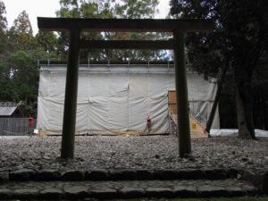 萱が葺き始められたと思われる八尋殿、神麻続機殿神社 (皇大神宮 所管社)