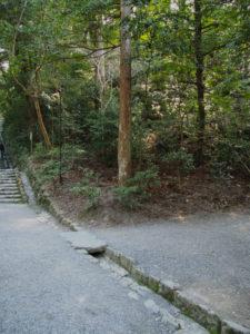 下御井神社への参道入口