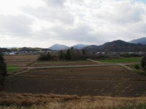 岩谷池の堰堤からの風景(多気町丹生)