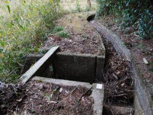 岩谷池から下流側の立梅用水「5-2-14 拾皿反2」(多気町丹生)