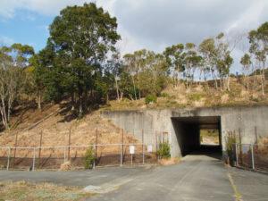 伊勢自動車道の下で交差する「松阪38」