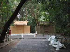 新と今の殿舎、高河原神社(豊受大神宮 摂社)