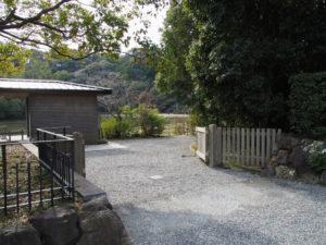 表参道から勾玉池の散策路へ(外宮)