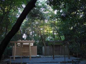 新殿と古殿が並立する高河原神社(豊受大神宮 摂社)