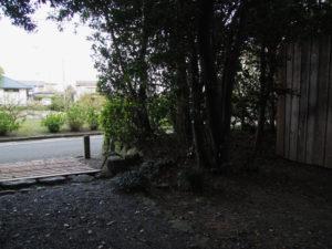 ここにはクルミの木が?、志宝屋神社(豊受大神宮 末社)