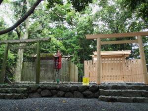 造替工事は終盤の大詰めとなった志宝屋神社(豊受大神宮 末社)
