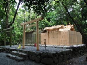 造替工事が完了した志宝屋神社(豊受大神宮 末社)