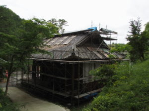 観音堂(本堂)の雨漏り修繕工事、丹生山神宮寺(多気町丹生)