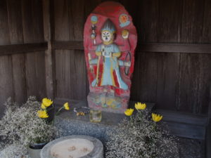 西芳寺前の青面金剛像(伊勢市御薗町上條)