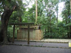修繕に向け仮殿の準備が開始された久具都比賣神社(皇大神宮 摂社)