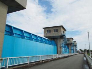 勢田川防潮水門