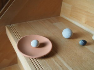 【キタヰ】七里御浜で見つけた丸っぽい石