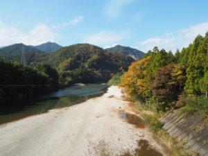 桑瀬橋から櫛田川下流方向の遠望