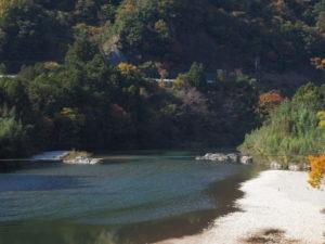 立梅用水の三代目井堰(取水堰)跡(櫛田川)