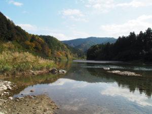 立梅用水の二代目井堰(取水堰)跡(櫛田川)付近