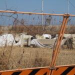 今もここに置かれている御幸道路から撤去された石灯籠?(伊勢市御薗町小林)