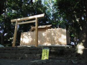 簀屋根が取り外された田上大水神社・田上大水御前神社(豊受大神宮 摂社)