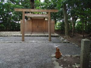 月次祭の巡回を待つ河原神社(豊受大神宮 摂社)