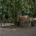 殿舎に新しい鳥居、御食神社(豊受大神宮 摂社)