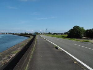 五十鈴川と御塩浜(伊勢市二見町西)