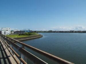勢田川橋から望む勢田川の下流側