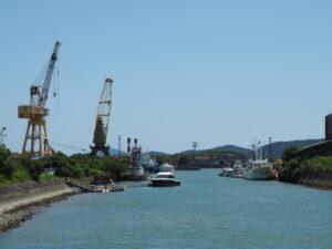 大湊川にて