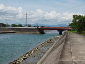 大湊川と湊橋